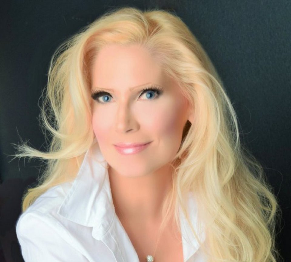 Psychic Medium Karyn Reece